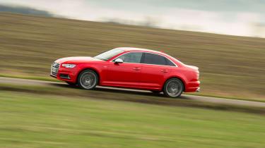 Audi S4 - Side