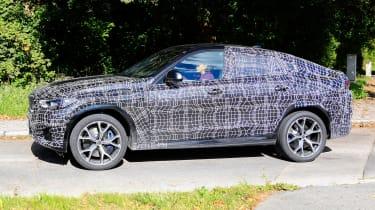 2019 BMW X6 prototype - side