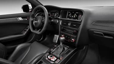 2012 Audi RS4 Avant interior dashboard