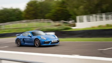 evo Trackdays 2021– GT4 action2