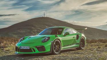 Porsche 911 GT3 RS 991.2 - front quarter