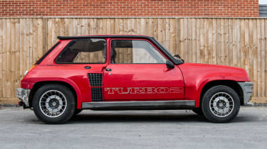 Renault 5 Turbo 2 Evolution Type 8221 – side