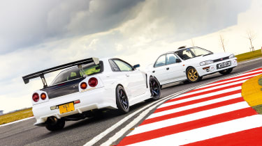 Subaru Impreza WRX vs Nissan Skyline GT-R