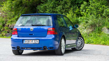 Volkswagen Golf R32 rear three quarter