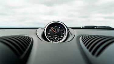 Porsche 718 Cayman - Sport Chrono clock