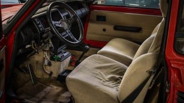 Renault 5 Turbo 2 Evolution Type 8221 – interior