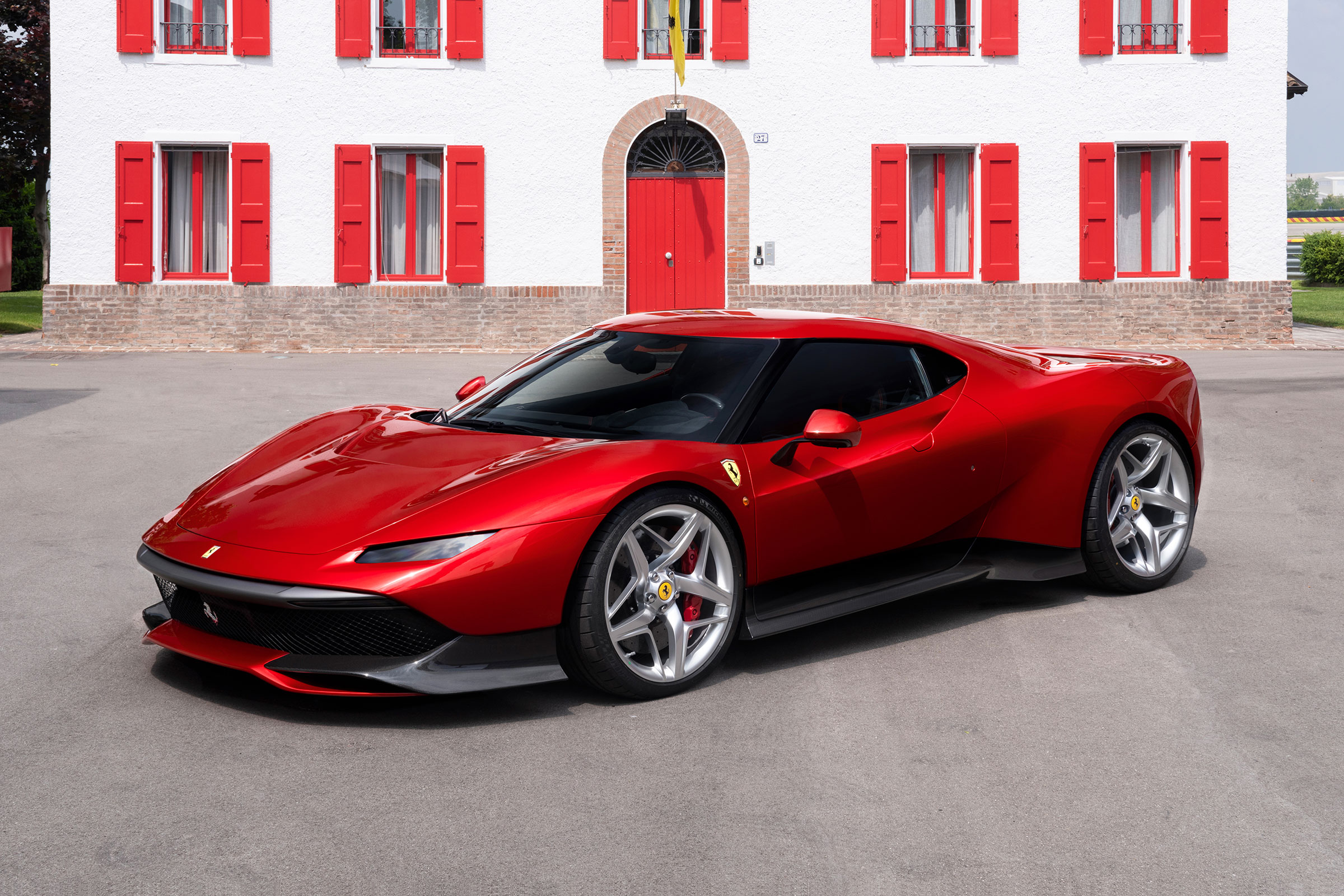 New Ferrari Sp38 One Off Supercar Revealed Evo
