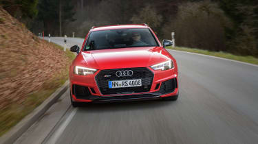 Audi RS4 – front