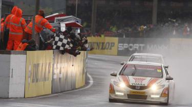 British Touring Car Championship Round 3: Thruxton