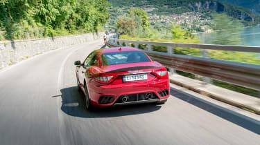 Maserati GranTurismo - rear tracking