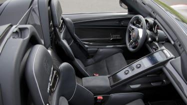 2013 Porsche 918 Spyder seats interior
