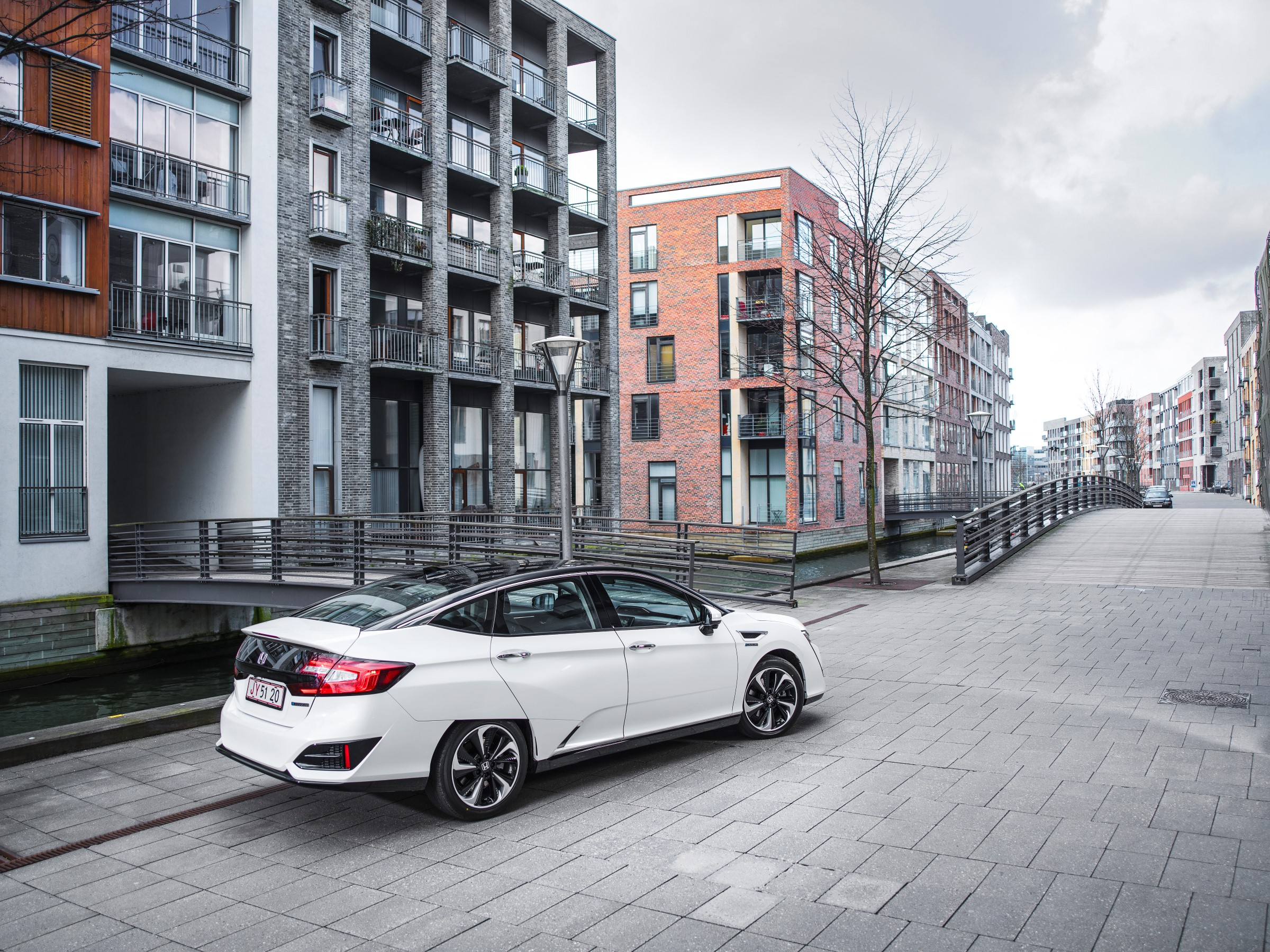Honda Clarity Fuel Cell review - prices, specs and 0-60 time