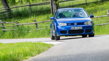 Volkswagen Golf (Mk4) R32 - review, history and used buying guide | Evo
