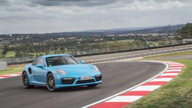 991.2 Porsche 911 Turbo S - front static 3