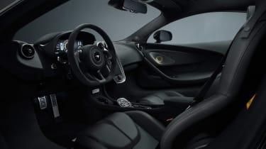 McLaren 570GT Black Collection - inetrior