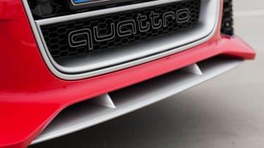 2013 Audi RS6 Avant Quattro front grille
