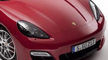 Porsche headlight thefts