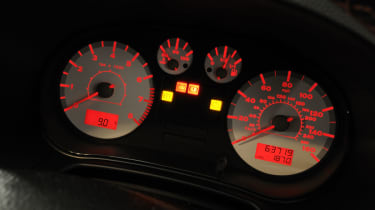SEAT Leon Cupra R dials