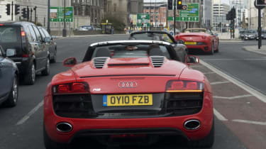 R8 enters Liverpool