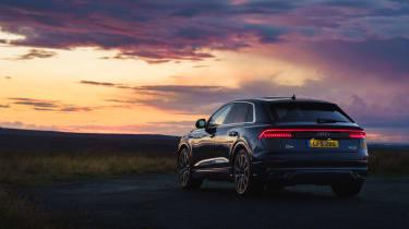 Audi Q8 S-line – rear