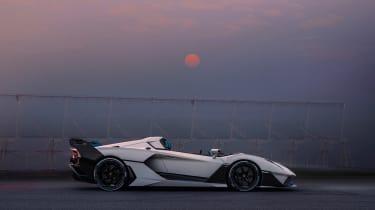 Lamborghini SC20 - side