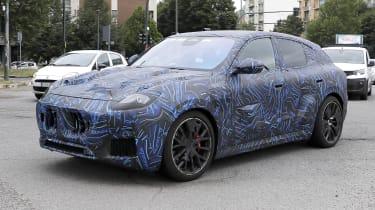 2022 Maserati Grecale Trofeo prototype – front quarter