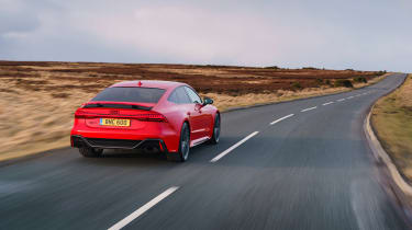 Audi RS7 red - rear tracking