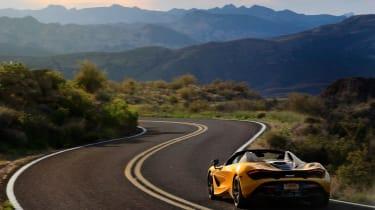 McLaren 720S Spider gold - rear