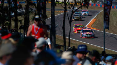 V8 Supercars Hidden Valley - Whincup 2