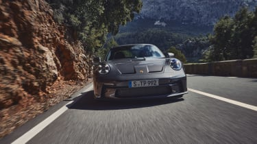 Porsche 911 GT3 Touring – front tracking