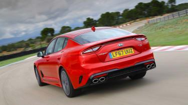 Kia Stinger GT-S UK - rear tracking