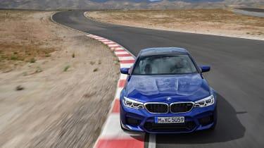 BMW M5 F90 - Blue top