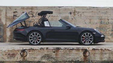 Porsche 911 Targa 4S roof mechanism
