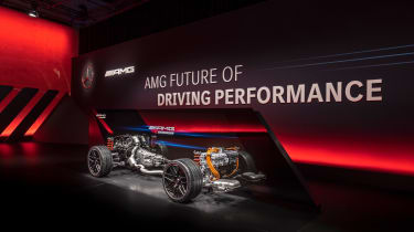 Mercedes-AMG E Performance plug-in powertrains
