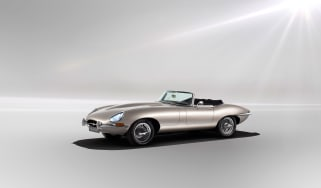 Jaguar Classic E-type Zero production - Front