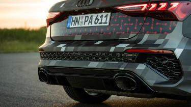 Audi RS3 mule 2020 SB – pipes