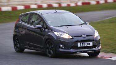 Ford Fiesta Metal cornering