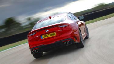 Kia Stinger GT-S UK - turn in