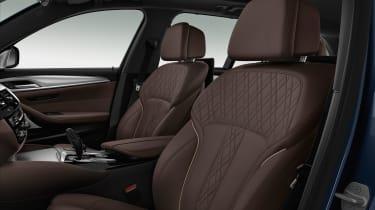 BMW M550d xDrive seats