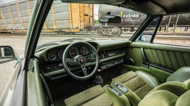 Porsche 935 Turbo interior