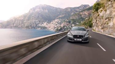 Jaguar XJR575 front