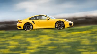 991.2 Porsche 911 Turbo S - profile tracking