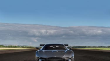Aston Martin Vulcan - front
