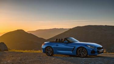BMW Z4 20i - side
