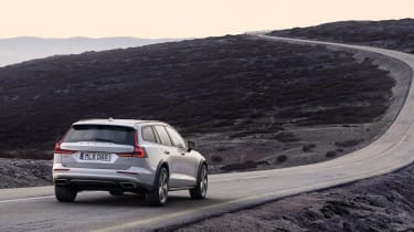 Volvo V60 Cross Country - rear