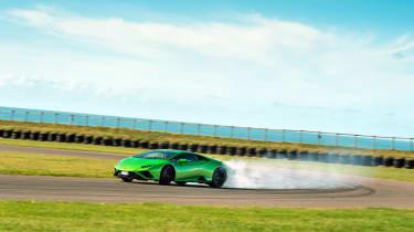 Lamborghini Huracán Evo RWD – trackwork