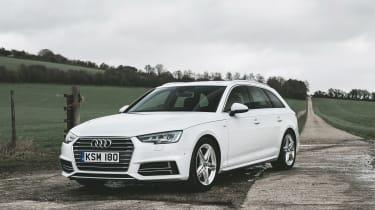 Audi A4 Avant - front quarter
