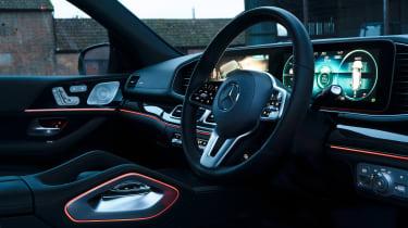 Mercedes GLS400d UK drive - interior