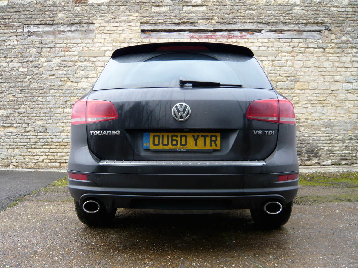 VW Touareg V8 TDI review | Evo