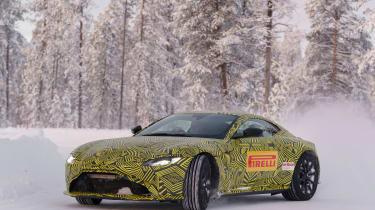 Aston Martin Vantage – front quarter